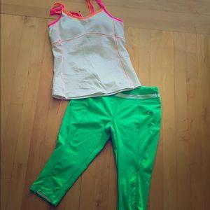 Oakley crop leggings!